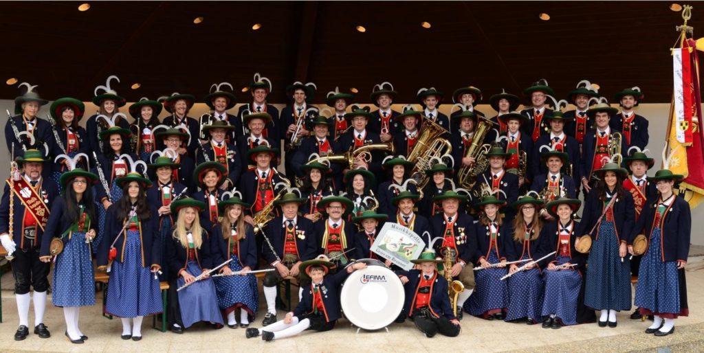 Musikkapelle Gries am Brenner Gesamtbild 2014